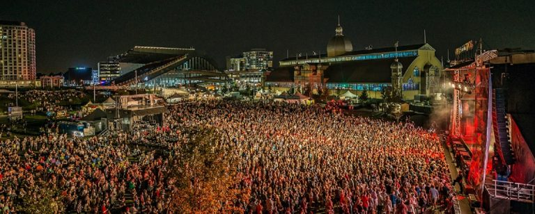 CityFolk Crowd Panorama at night